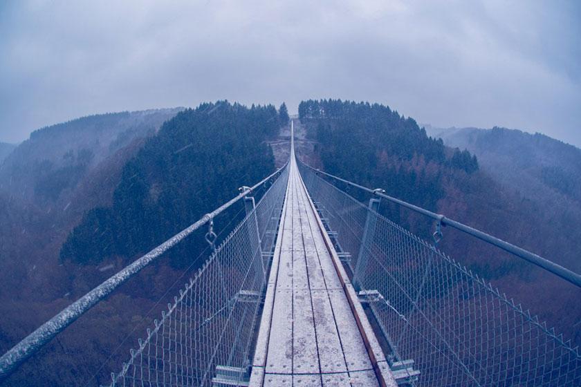 طولانیترین پل معلق جهان