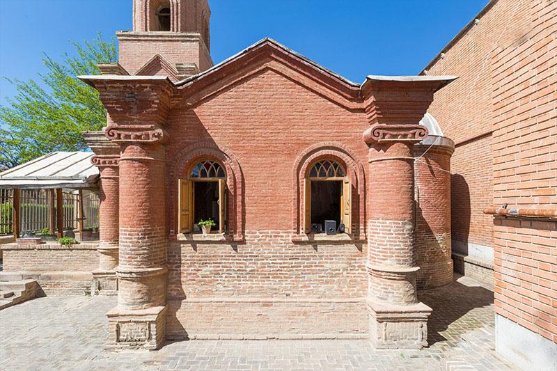 گشت وگذار در کلیسای کانتور جاذبه تاریخی دیدنی در قزوین