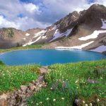 طبیعتگردی در مناظر زیبای دریاچه دوقلوی سیاه گاو