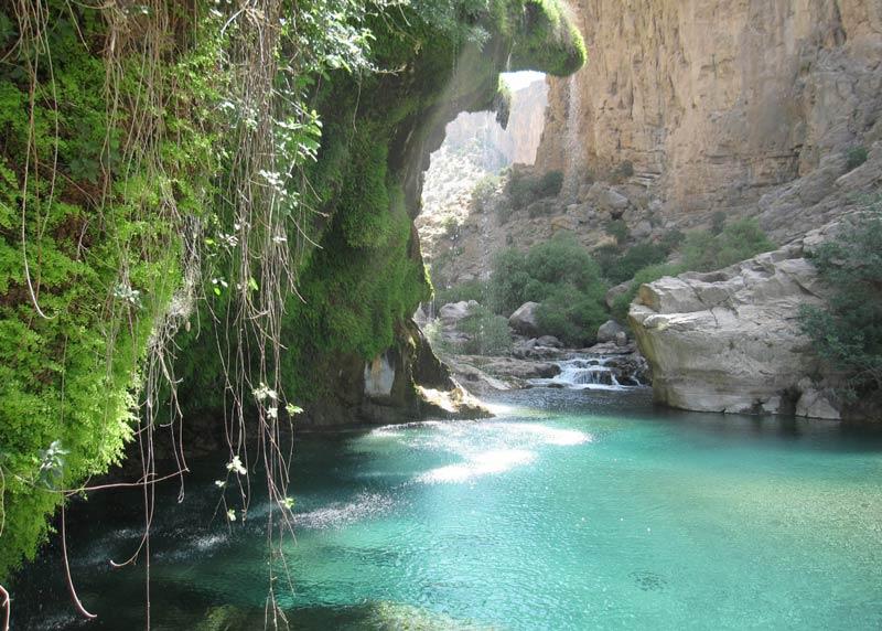 تنگ براق یکی از زیباترین جاذبههای گردشگری استان فارس