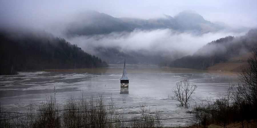شهر ارواح زیر آب در رومانی جاذبه ای متفاوت