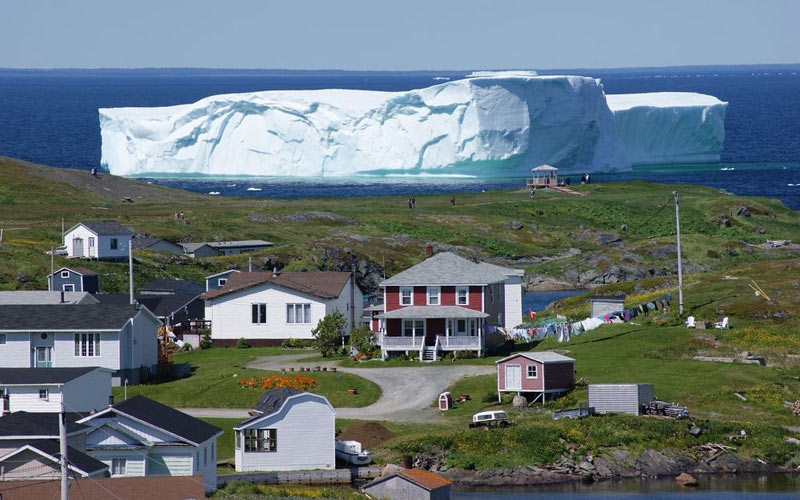 بزرگ ترین کوه یخ