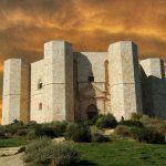 بناهای اسرارآمیز در فرانسه برجک هایی عجیب و مرموز
