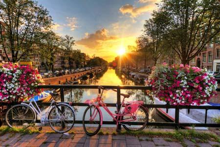 راه هایی برای صرفه جویی درهزینه های سفر به هلند