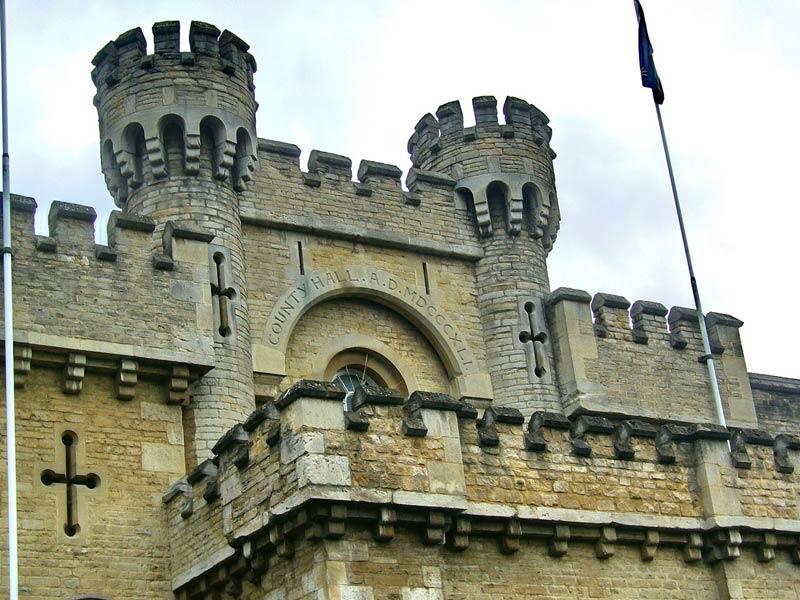 قلعه قرون وسطایی آکسفورد