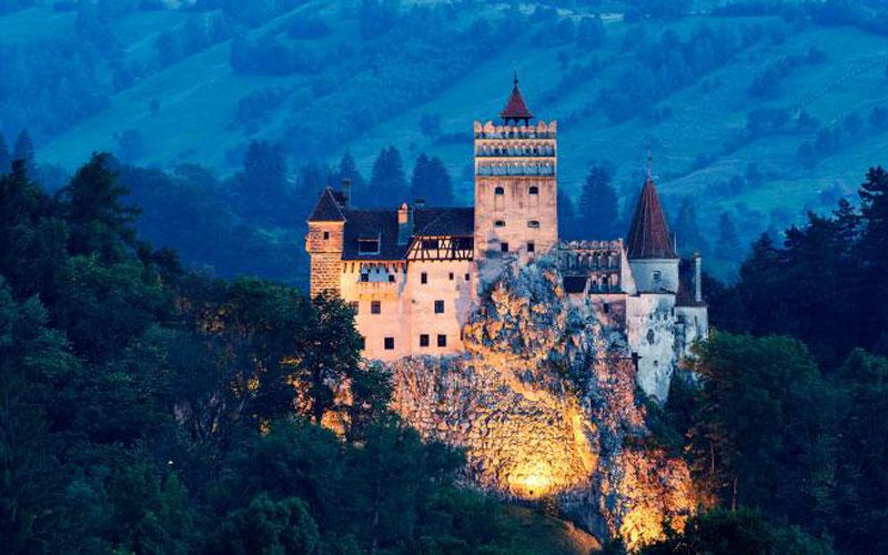 زیباترین قلعهها و قصرهای اروپا