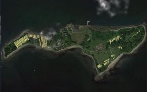 جزیره هارت جزیره ای مخوف و بزرگ ترین گورستان در آمریکا