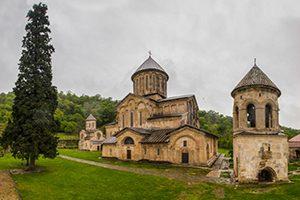 صومعه گلاتی گرجستان با محیطی بسیار زیبا