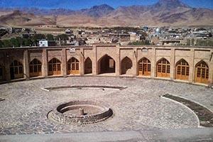 کاروانسرای تاجآباد متفاوت ترین کاروانسرای مدور ایران