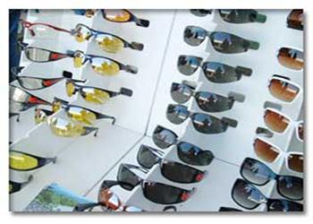 در هوای ابری هم از عینکهای UV استفاده کنید