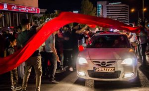 شادی هواداران پرسپولیس در خیابانهای تهران  تصاویر