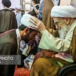 عمامه گذاری طلاب در روز مبعث + تصاویر