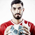 محمد انصاری بازیکن پرسپولیس و همسر چادری اش!