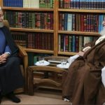 آیتالله مکارم شیرازی به رئیسجمهور تذکر داد!