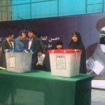 رأی دادن عفت مرعشی در اولین انتخابات بدون آیتالله هاشمی