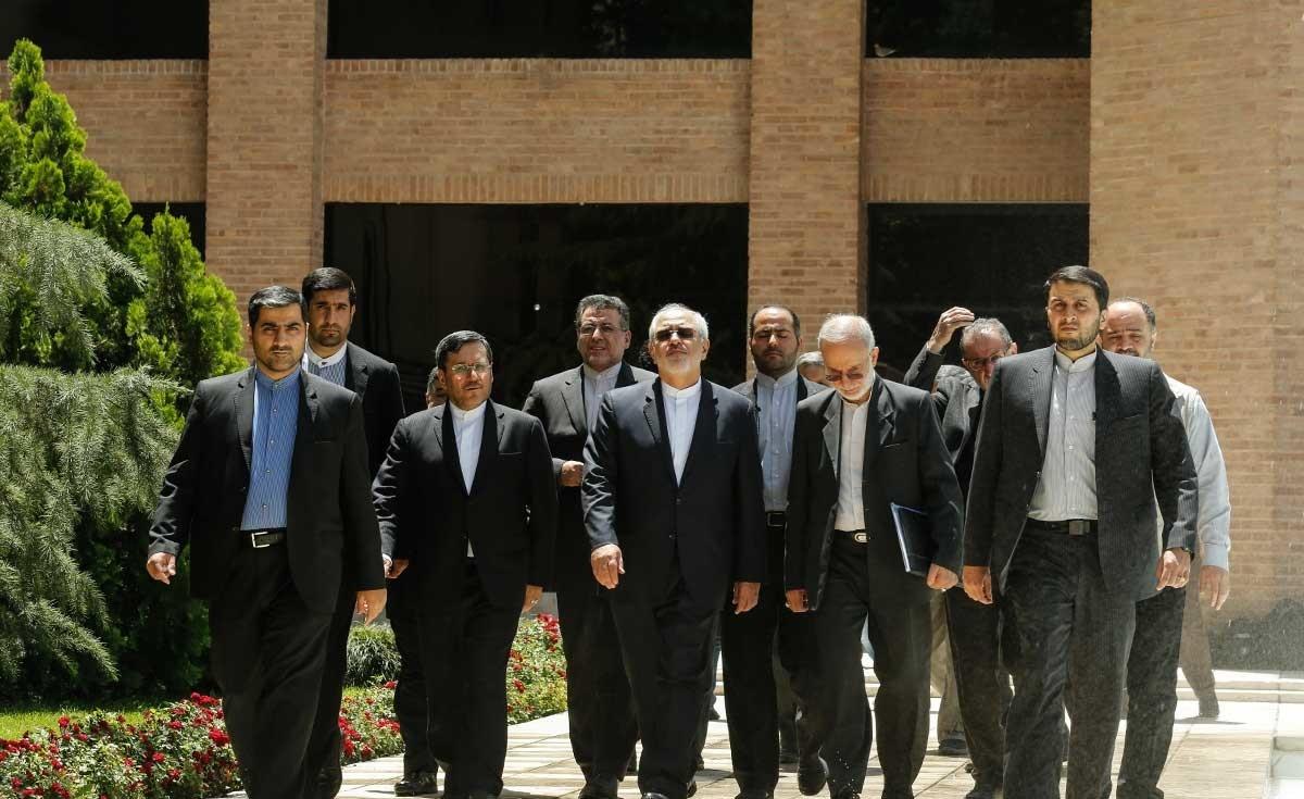 بازدید ظریف از ستاد انتخابات