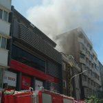 هتل آپادانا واقع در خیابان طالقانی تهران دچار آتش سوزی شد