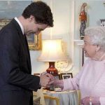 قدرت شگفت انگیز و عجیب ملکه انگلیس!