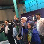 عارف و همسرش پای صندوق رأی در حسینیه جماران