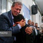 دیدار وزیر کار با خانواده های حادثه دیدگان معدن آزاد شهر