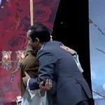 در آغوش گرفتن جنجالی دو مجری زن و مرد در آنتن زنده تلویزیون ایران !+فیلم