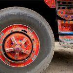 هنرمندی کامیونرانهای پاکستانی همه را متعجب کرد