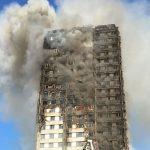 برای پلاسکوی لندن!| چرا آتش با بالگرد و نردبان بلند خاموش نشد؟