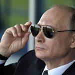 رسانههای روسی: پوتین با کندن شاخ گوزن حمام خون میگیرد!!