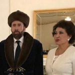 نیکلاس کیج با لباس سنتی مردم قزاقستان