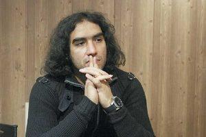 رضا یزدانی بعد از ۲۰ سال موهایش را زد! + فیلم و عکس