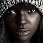 شباهت جالب مانکن سیاه پوست به عروسک باربی باعث شهرت وی شد!
