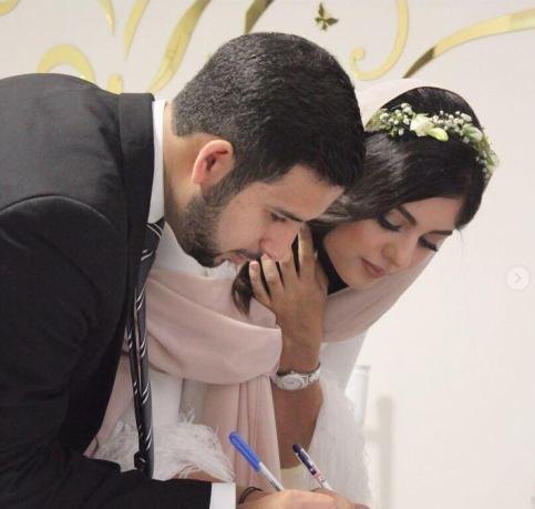 ازدواج نیوشا افشار