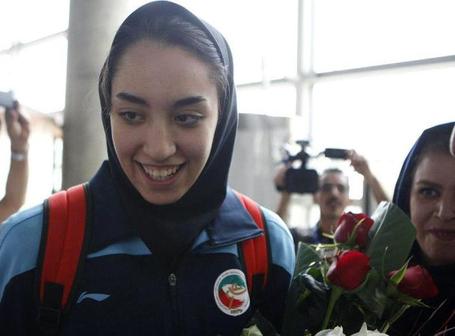 اطلاعاتی تازه از بیماری کیمیا علیزاده   اگر یک پزشک همراه تیم ملی بود!