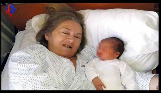 مادر شدن زن ۶۰ ساله