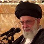 زمزمه صلوات خاصه امام رضا(ع) توسط رهبر انقلاب + فیلم