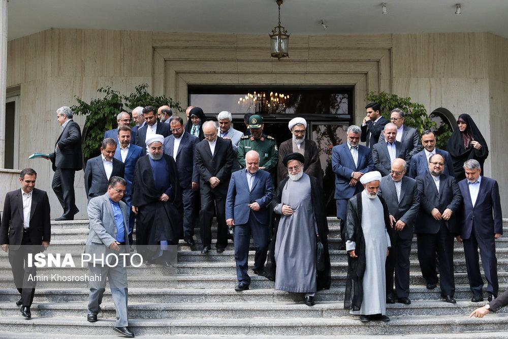 عکس یادگاری از آخرین جلسه کابینه یازدهم