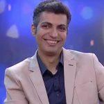 فرار عادل فردوسی پور از عکاس های خبری در مهمانی خصوصی ! + فیلم
