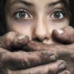 نشانههای کودکآزاری را میشناسید؟ | باورهای غلط در رابطه با آزار جنسی کودکان