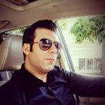 سلفی آقای بازیگر ایرانی در آرایشگاه شخصی اش!