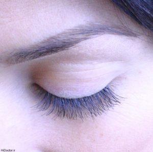 هشدار به خانمها در باره عوارض استفاده از ریمل و خط چشم تقلبی!
