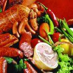 چه کسانی نباید سوسیس و کالباس بخورند؟