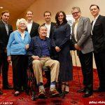 جرج بوش پدر از روی ویلچر به آزار جنسی یک بازیگر زن پرداخت!