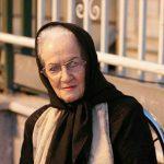 ملکه رنجبر جراحی میشود | برای بازیگر زیر آسمان شهر دعا کنید!