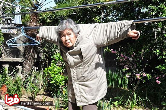 مادربزرگ ۸۹ سالهای که خود را سوژه میکند!