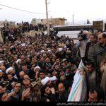 رهبر انقلاب در جمع مردم زلزله زده: با یکایک دلهای داغدار شما همدردم