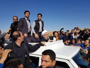 بازدید روحانی از مناطق زلزلهزده کرمانشاه