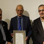 مراسم جشن امضای کتاب داریوش اسدزاده در تولد ۹۴سالگیاش
