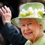 هدیه های عجیب و غریب که ملکه بریتانیا دریافت کرده است!