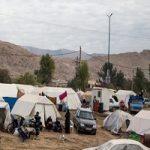 زلزلهزدگان کرمانشاه هنوز سرویس بهداشتی ندارند!