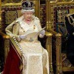 ملکه انگلیس در جشن کریسمس